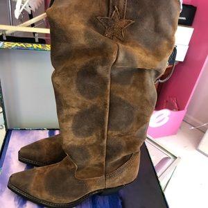 Dingo Boots size 6